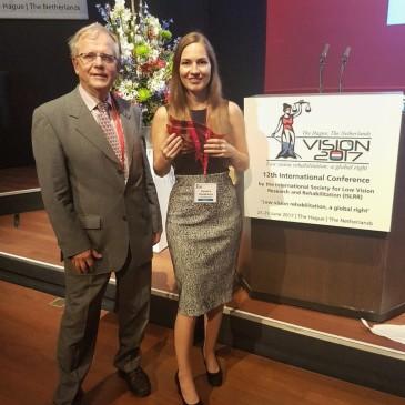 Sandra Hanekamp wins award for best presentation